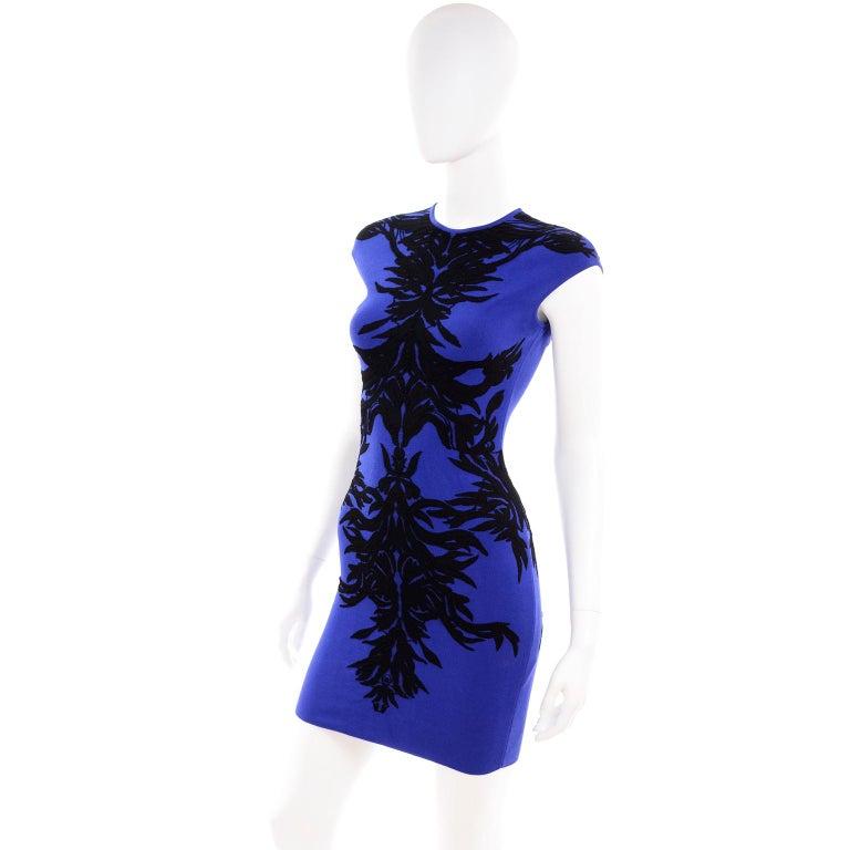 Alexander McQueen Blue & Black Spine Print Intarsia Knit Bodycon Sheath Dress For Sale 2