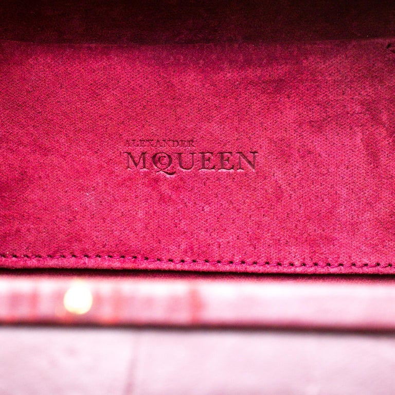 Alexander McQueen Burgundy Croc Embossed Leather Cage Box Bag For Sale 2