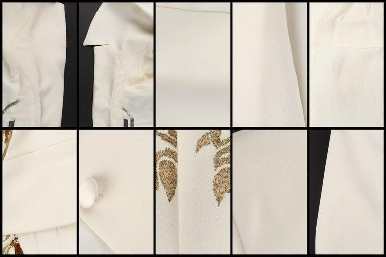 ALEXANDER McQUEEN c.2007 Ivory Blazer Jacket Gold Embroidered Tiger For Sale 4