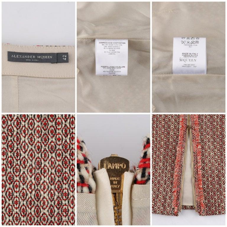 ALEXANDER McQUEEN c.2007 Patterned Fringe Wool Pencil Back Full Zip Skirt For Sale 2
