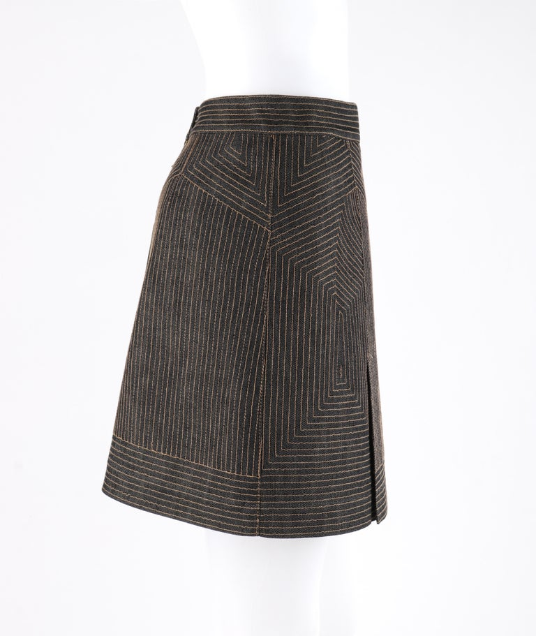 ALEXANDER McQUEEN c.2008 Black Denim Patterned Top Stitched Mini Skirt In Good Condition For Sale In Thiensville, WI
