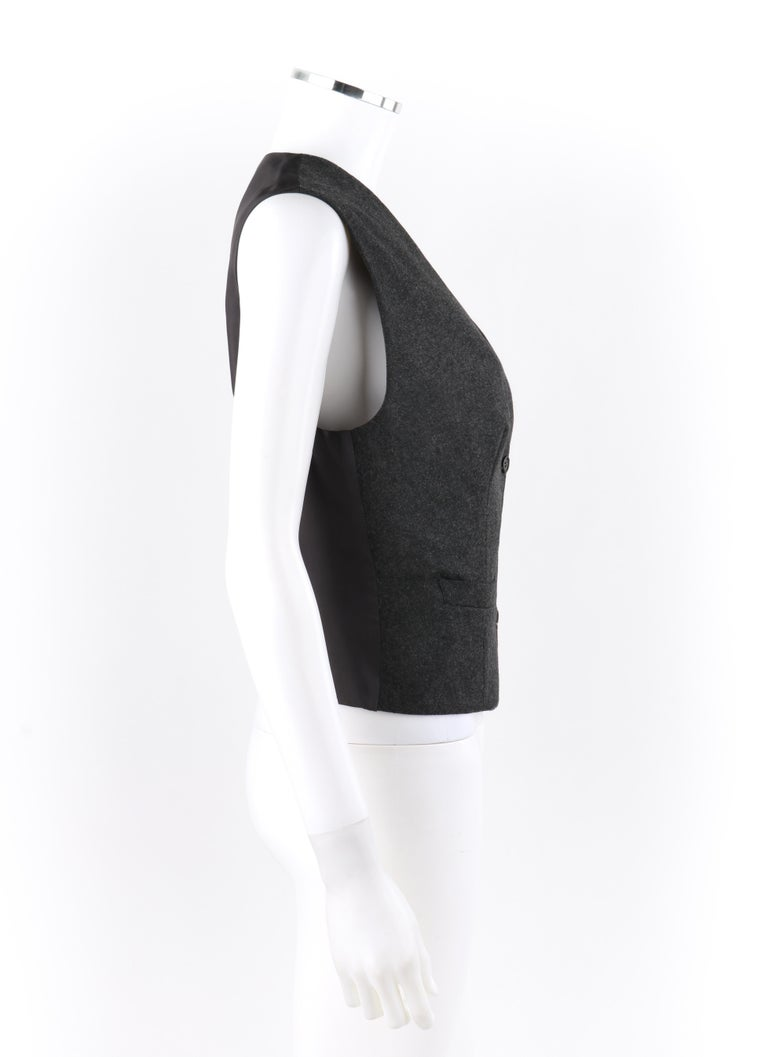 ALEXANDER McQUEEN c.2008 Savile Row Cashmere Women's Bumble Bee Detail Vest In Good Condition For Sale In Thiensville, WI
