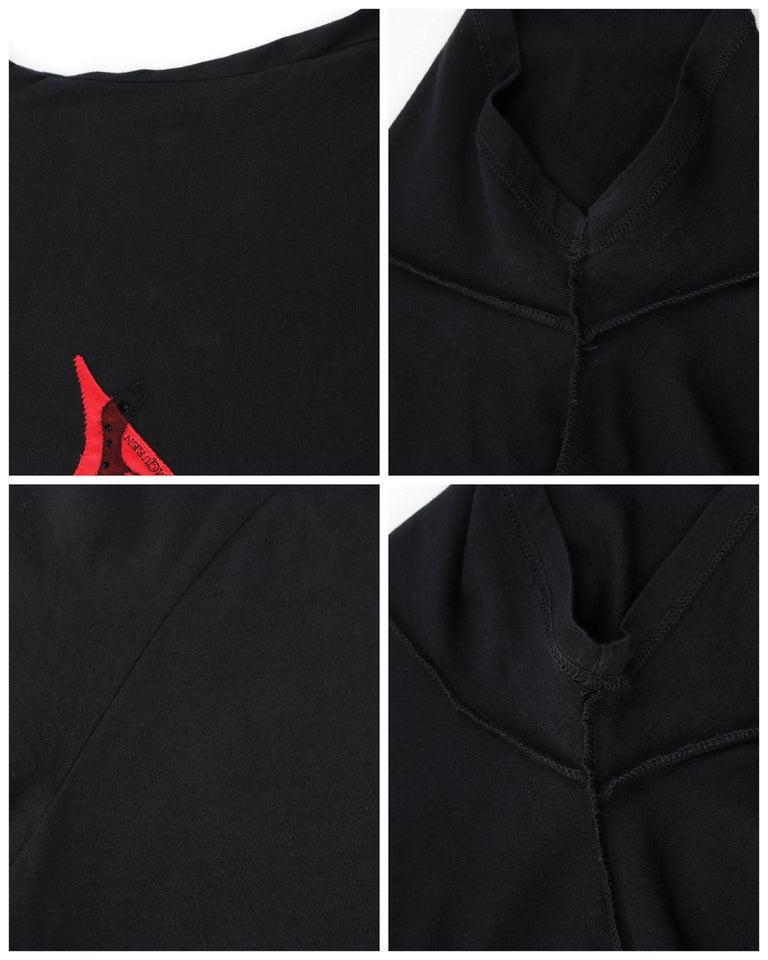 ALEXANDER McQUEEN c.2009 Black Silkscreen Lips w/ Sequins Cotton Hi-Low T-Shirt  For Sale 4