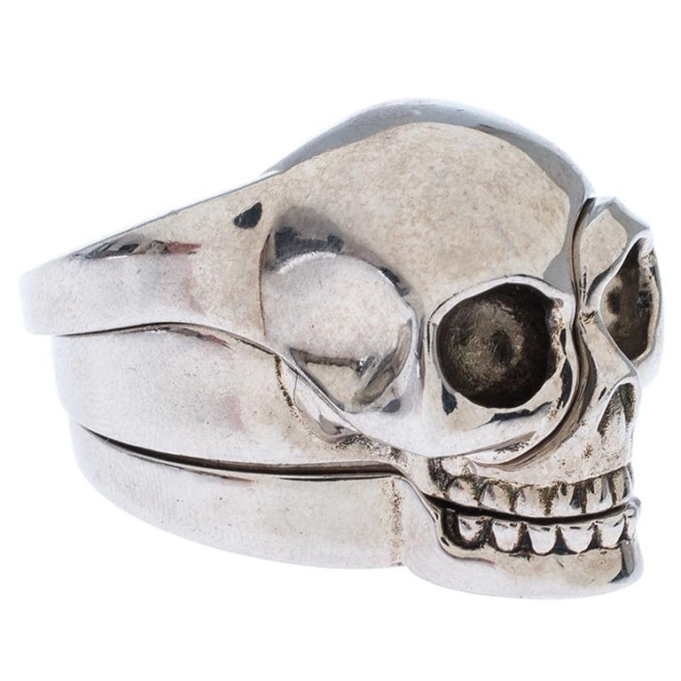 Alexander McQueen Divided Skull Silver Tone Ring Size 23 For Sale 2
