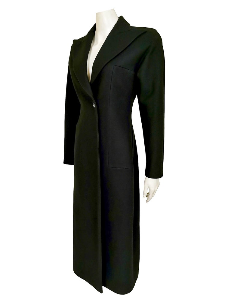 Alexander McQueen A/W 1996 Labeled Size 40 Exaggerated Lapel  Single Button Fasten