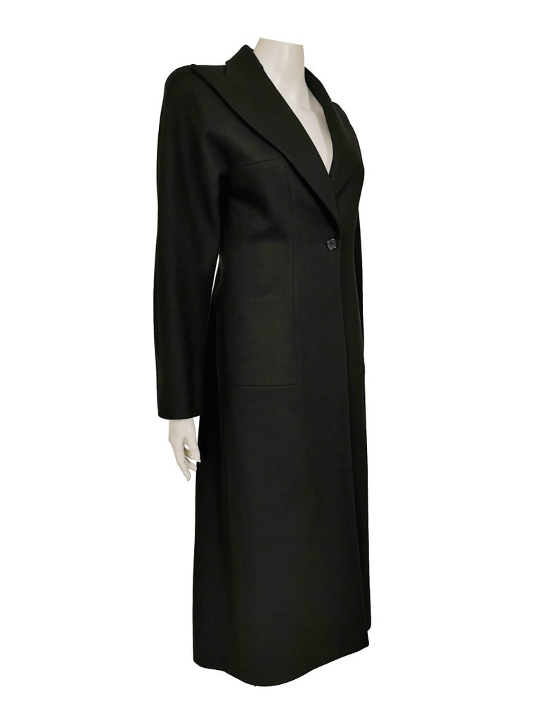 Alexander McQueen F/W 1996 Exaggerated Lapel Coat  In Excellent Condition For Sale In Bath, GB