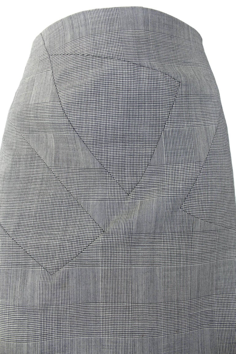 Alexander McQueen Fitted Skirt Suit 1997 Collection In Excellent Condition For Sale In Bath, GB