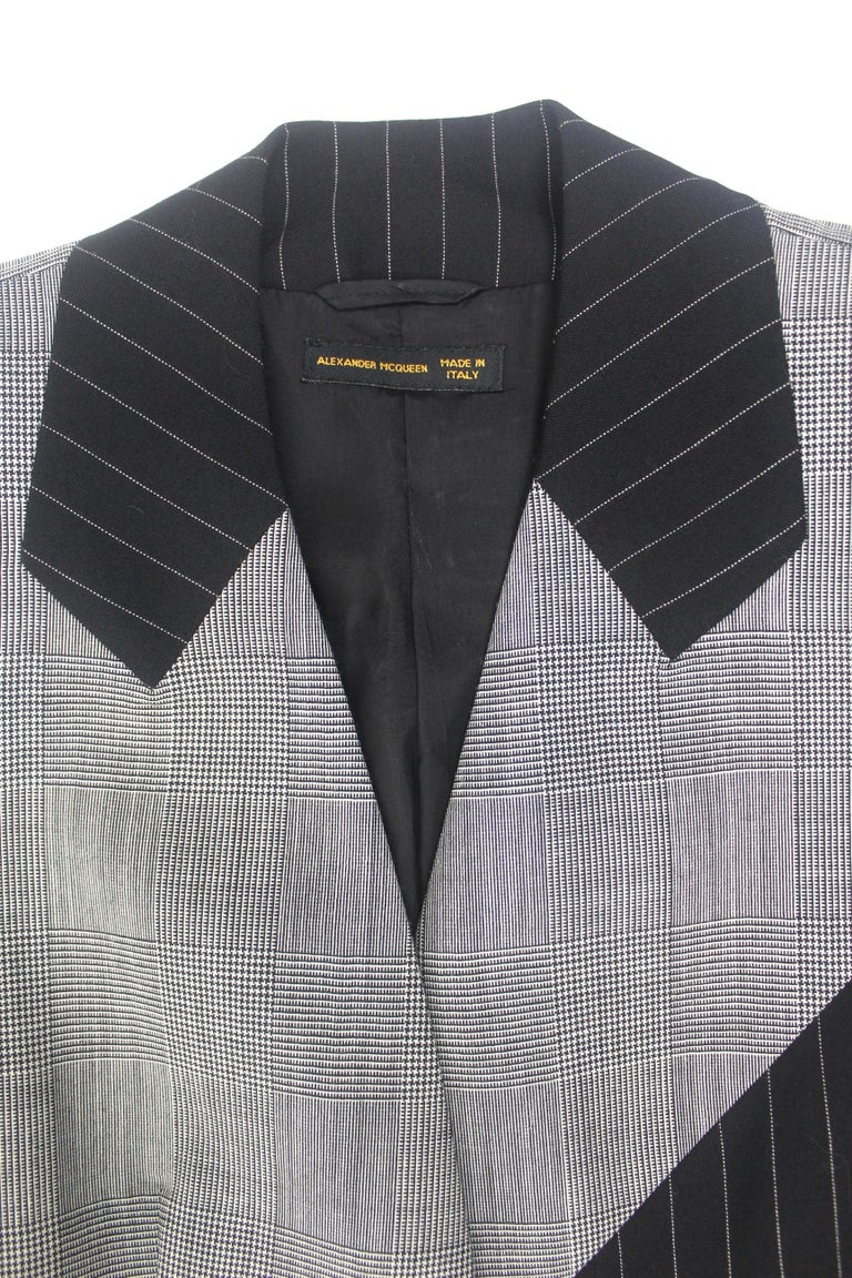 Alexander McQueen Fitted Skirt Suit 1997 Collection For Sale 3