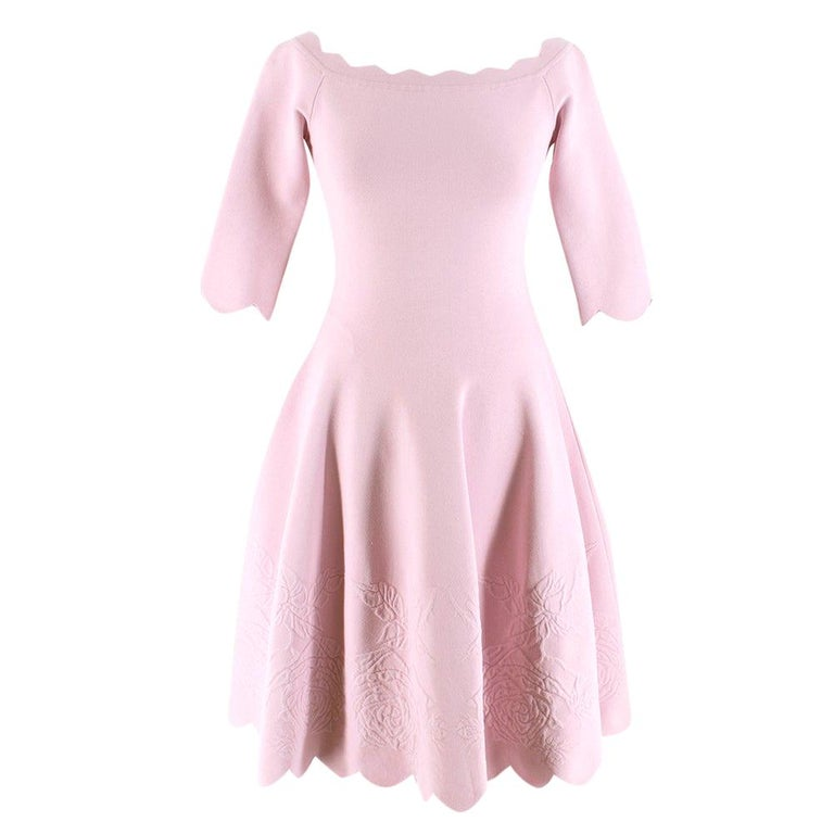 Alexander McQueen Floral Jacquard Knit Pink Scalloped Dress S For Sale