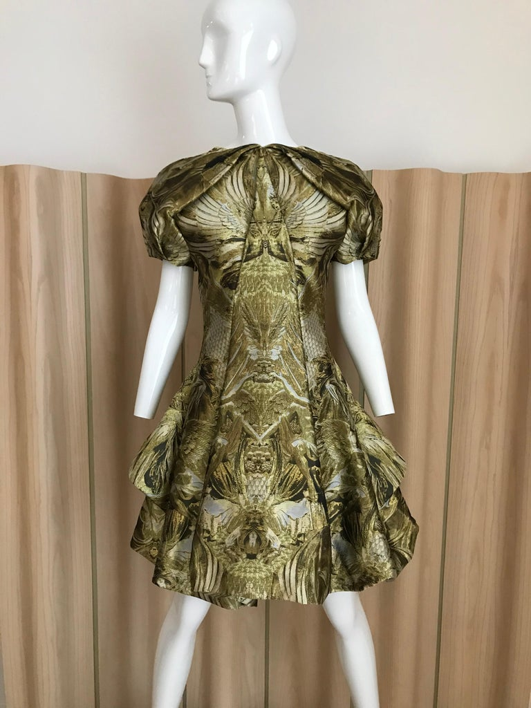 Alexander McQueen Gold Metallic Dress from 2010  In Excellent Condition For Sale In Beverly Hills, CA