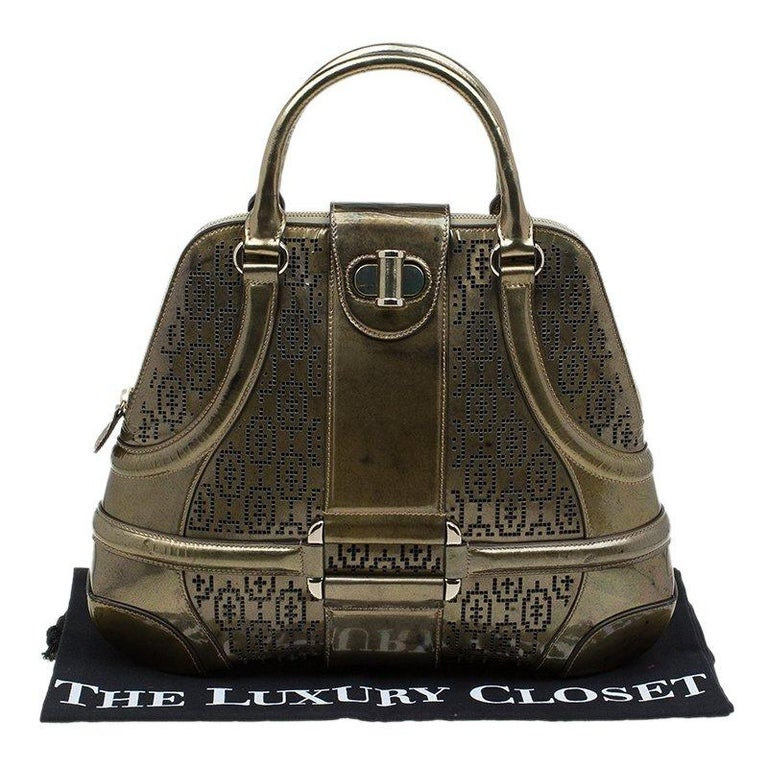 Alexander Mcqueen Gold Perforated Patent Leather Novak Satchel For Sale 6