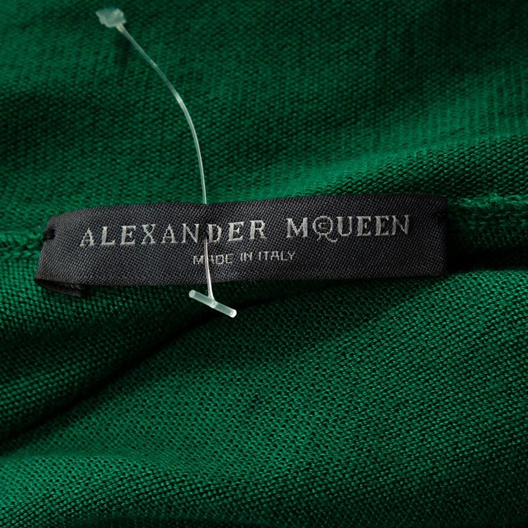 Alexander McQueen Green Knit Turtle Neck Fitted Dress L For Sale 2