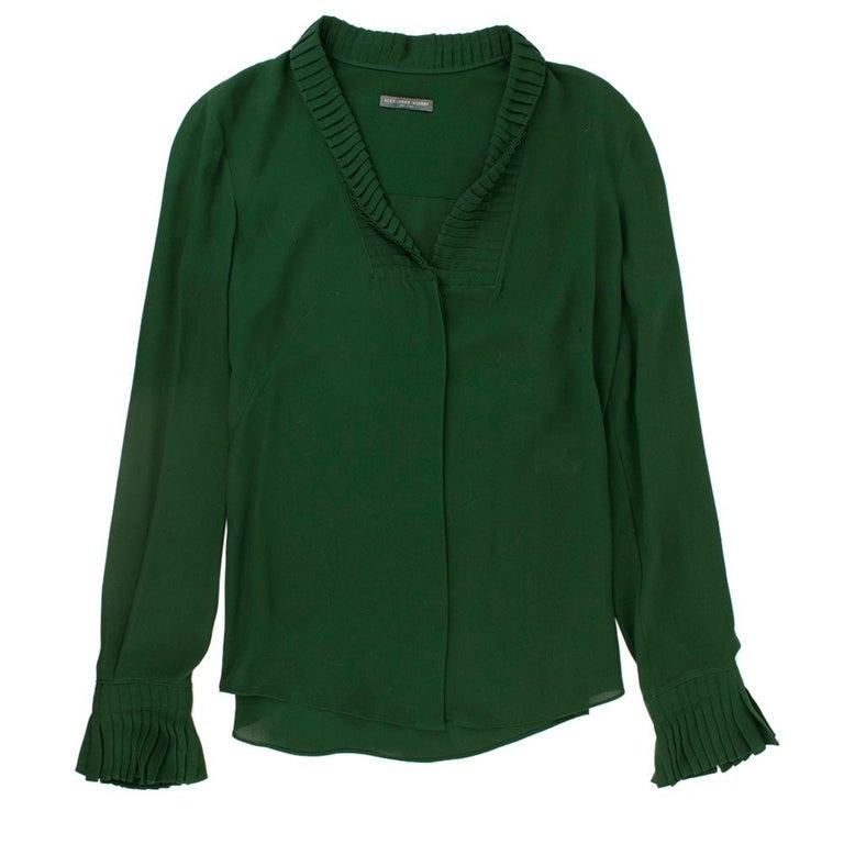 Alexander McQueen Green Pleat Collar Silk BlouseItaly 44 For Sale 4