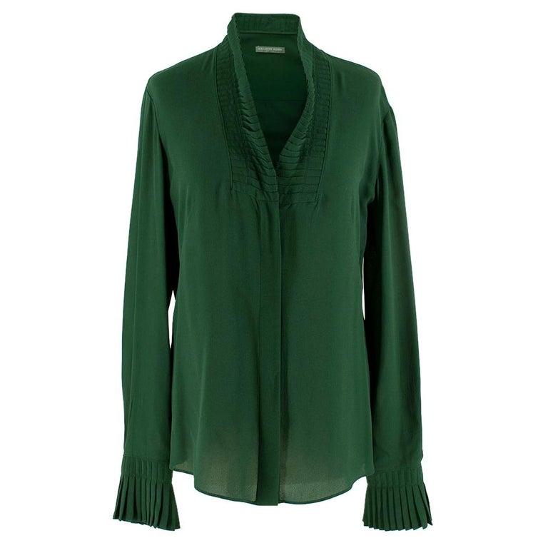 Alexander McQueen Green Pleat Collar Silk BlouseItaly 44 For Sale