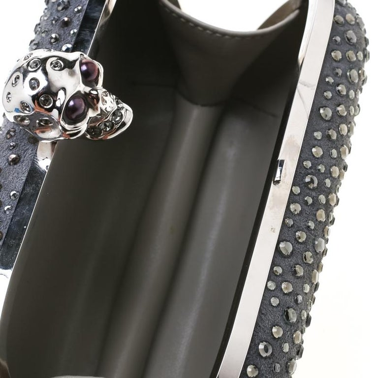 Alexander McQueen Grey Nubuck Leather and Crystal Embellished Skull Clutch For Sale 5
