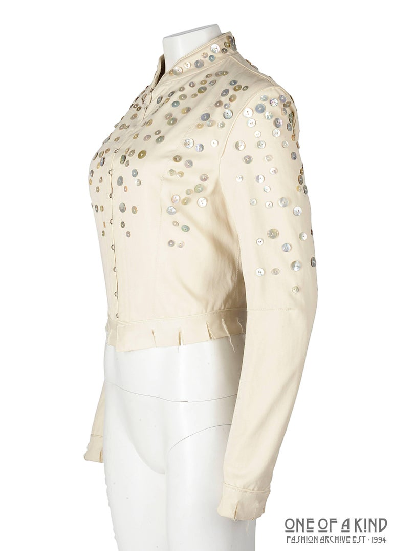 Beige Alexander McQueen ivory cotton jacket with decorative pearl buttons, SS 2003 For Sale