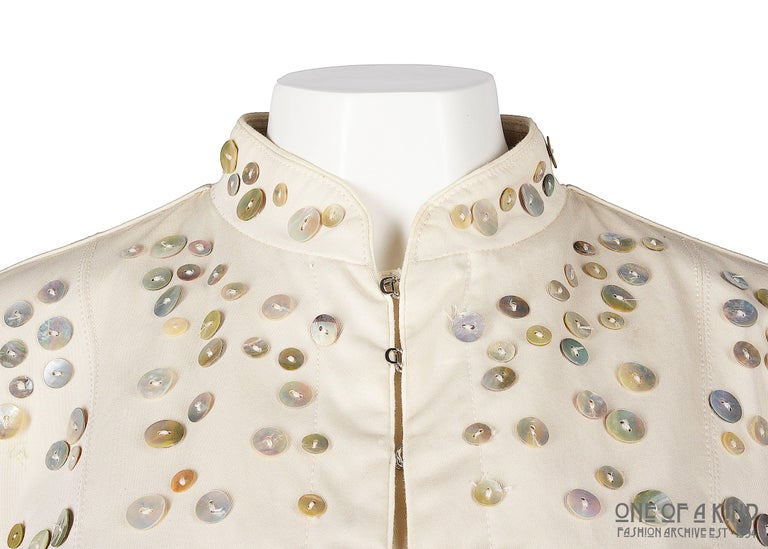 Alexander McQueen ivory cotton jacket with decorative pearl buttons, SS 2003 In Good Condition For Sale In London, GB