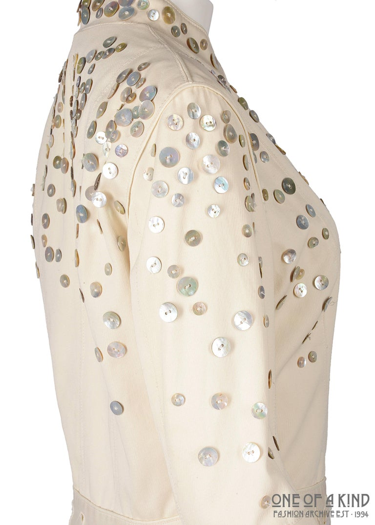Women's or Men's Alexander McQueen ivory cotton jacket with decorative pearl buttons, SS 2003 For Sale
