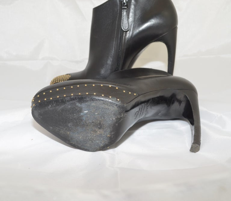 Alexander McQueen Leather Platform Boots with Studded Heart Motif For Sale 9