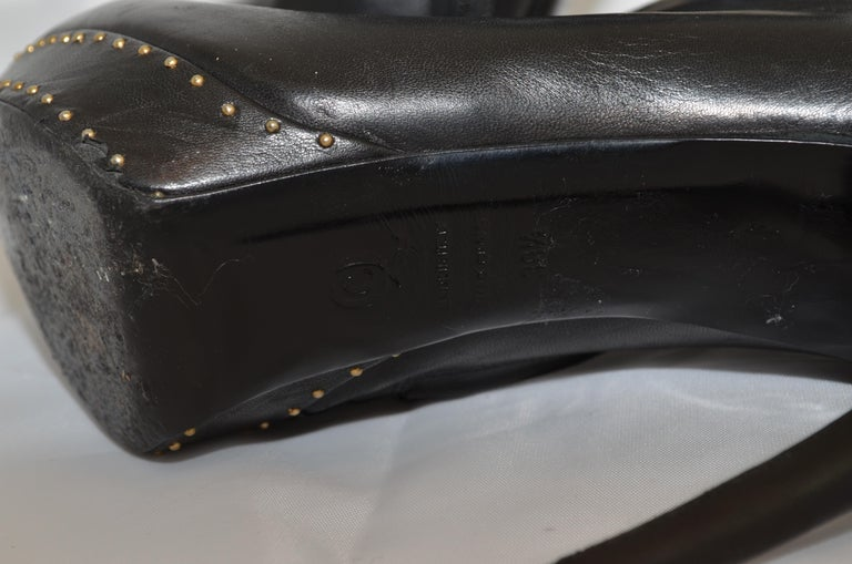 Alexander McQueen Leather Platform Boots with Studded Heart Motif For Sale 10