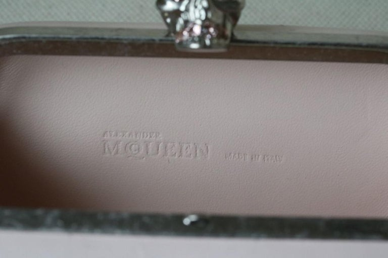 Alexander McQueen Leather Skull Box Clutch Bag For Sale 1
