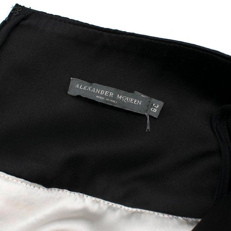 Women's Alexander McQueen Leather-Trimmed Tweed Skirt 38 For Sale