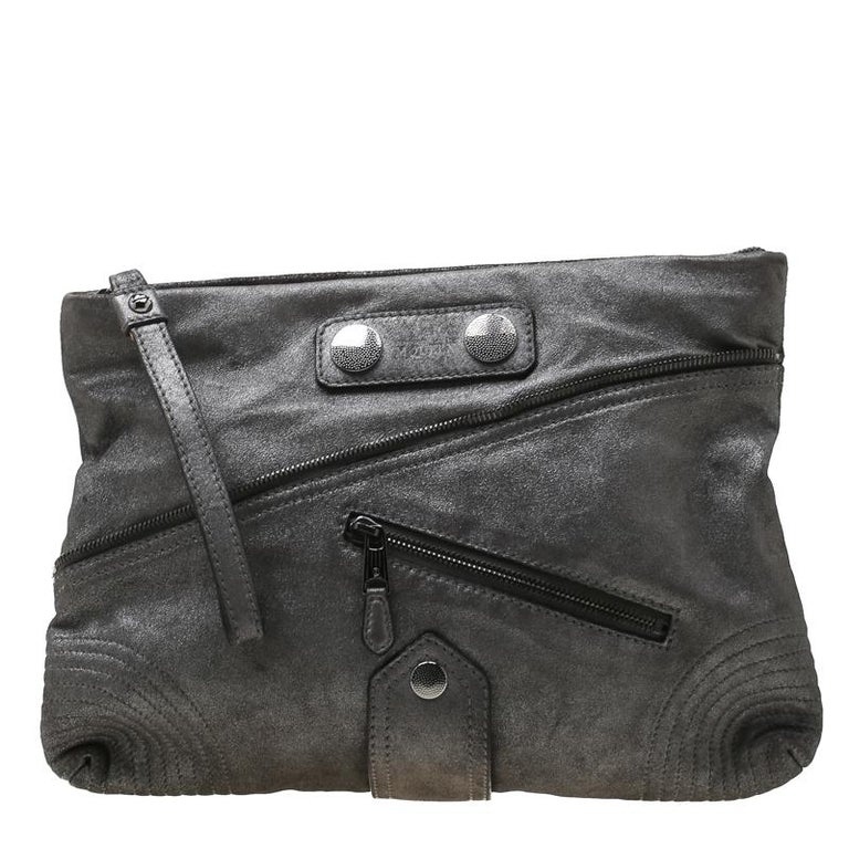 Women's Alexander McQueen Metallic Grey Textured Leather Wristlet Clutch For Sale