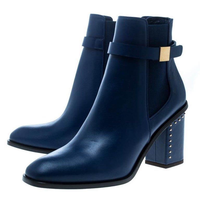 Alexander McQueen Midnight Blue Leather Studded Heel Ankle Boots Size 40 For Sale 2
