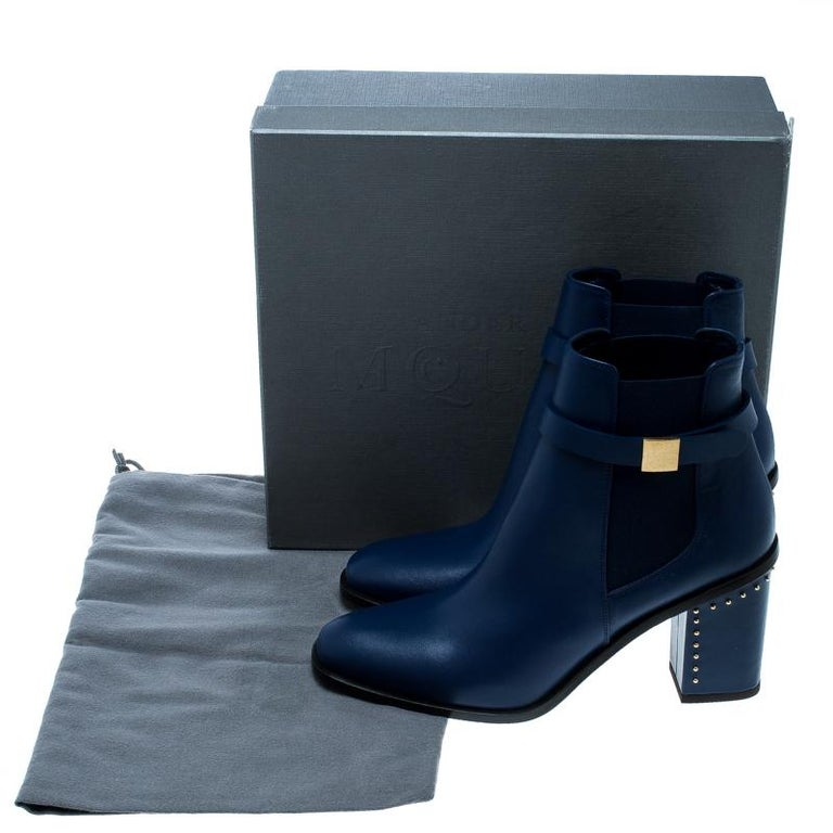 Alexander McQueen Midnight Blue Leather Studded Heel Ankle Boots Size 40 For Sale 3