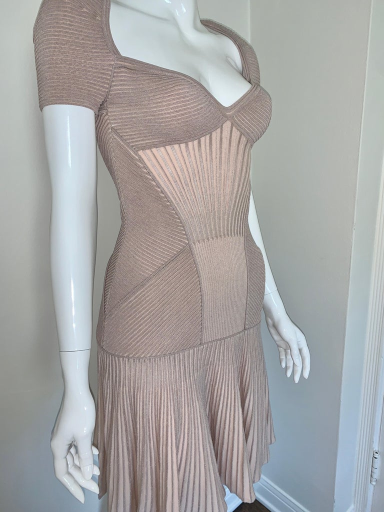 Alexander McQueen NWT Dusty Rose Cap Sleeve Cocktail Dress  For Sale 1