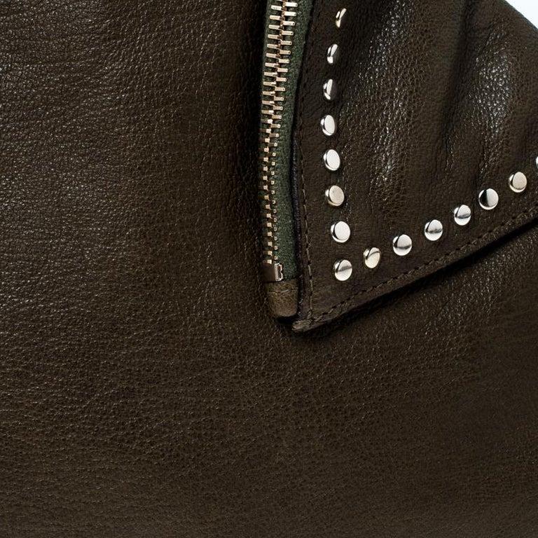 Alexander McQueen Olive Green Leather Medium De Manta Clutch For Sale 6