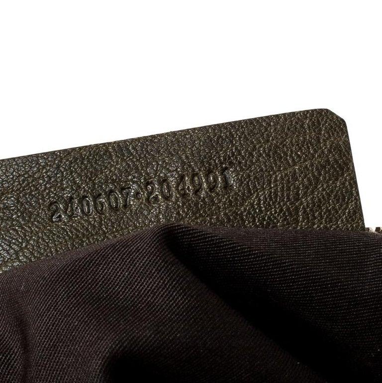 Alexander McQueen Olive Green Leather Medium De Manta Clutch For Sale 1