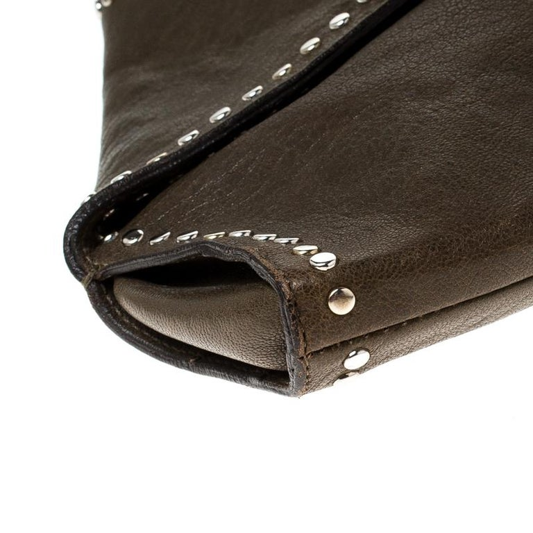 Alexander McQueen Olive Green Leather Medium De Manta Clutch For Sale 3
