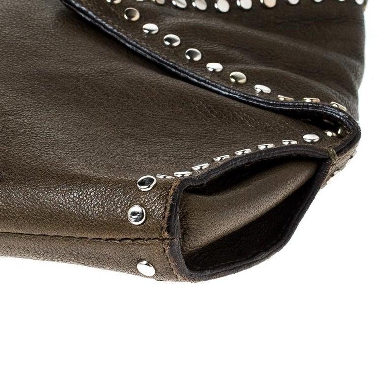 Alexander McQueen Olive Green Leather Medium De Manta Clutch For Sale 4