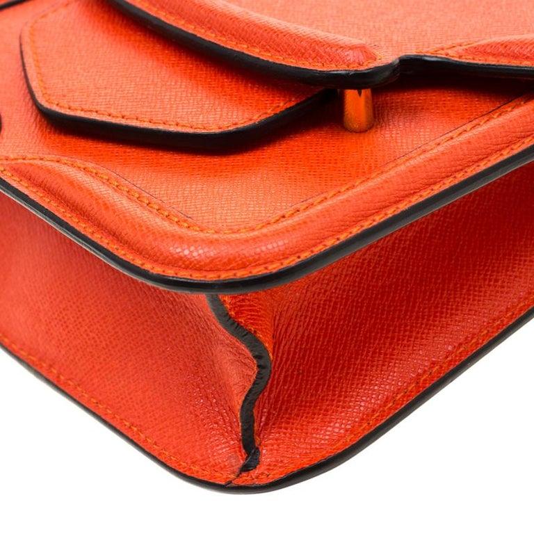 Alexander McQueen Orange Leather Mini Heroine Chain Crossbody Bag For Sale 6
