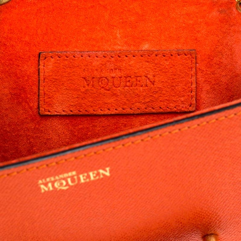 Alexander McQueen Orange Leather Mini Heroine Chain Crossbody Bag For Sale 2