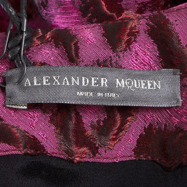 ALEXANDER MCQUEEN pink LEOPARD FLARED BROCADE POUF Cocktail Dress 38 In Excellent Condition For Sale In Zürich, CH