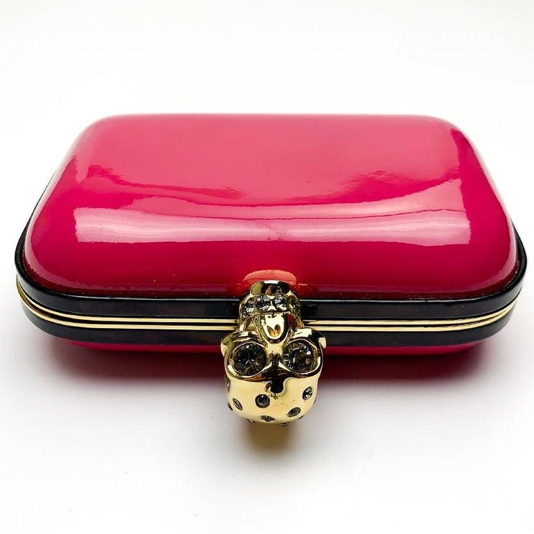 Women's ALEXANDER McQUEEN Pink Skull Clutch Bag For Sale