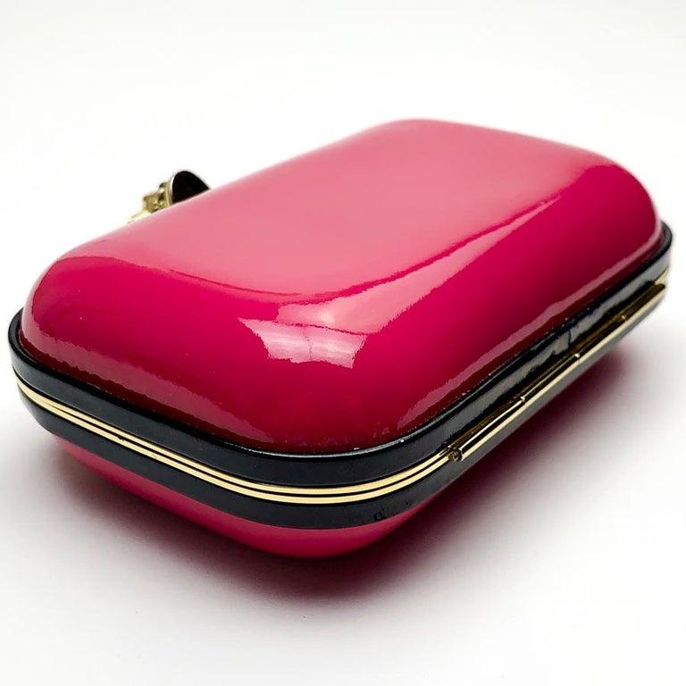 ALEXANDER McQUEEN Pink Skull Clutch Bag For Sale 1