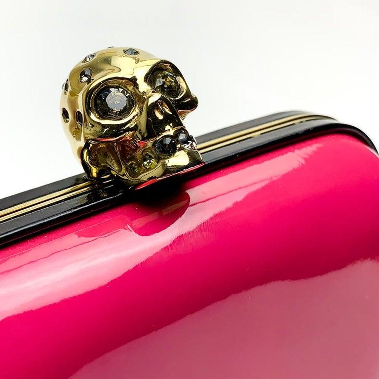 ALEXANDER McQUEEN Pink Skull Clutch Bag For Sale 2