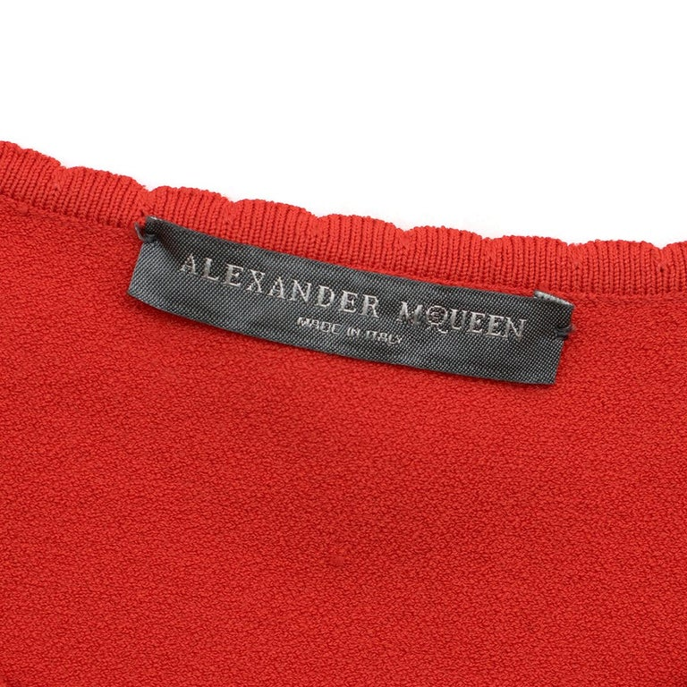 Alexander McQueen Red Jacquard Knit Fitted Dress US 8 For Sale 1