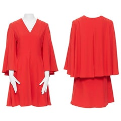 ALEXANDER MCQUEEN red leaf-crepe cape sleeve v neck padded cocktail dress IT42 M