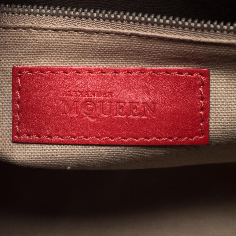 Women's Alexander McQueen Red Leather Small Legend Tote For Sale