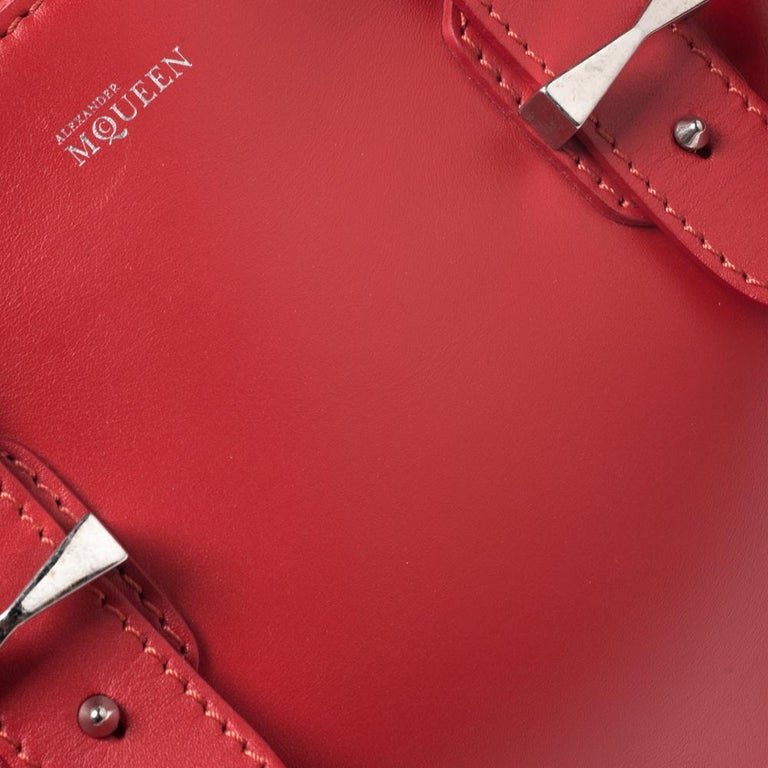 Alexander McQueen Red Leather Small Legend Tote For Sale 2
