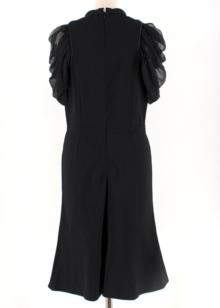 Alexander McQueen Ruffled Chiffon Puff Sleeve Black Dress 42	 In Excellent Condition For Sale In London, GB
