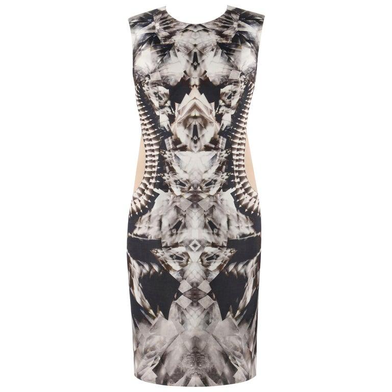 ALEXANDER McQUEEN S/S 2009 Iconic Runway Skeleton Kaleidoscope Print Dress 44  For Sale