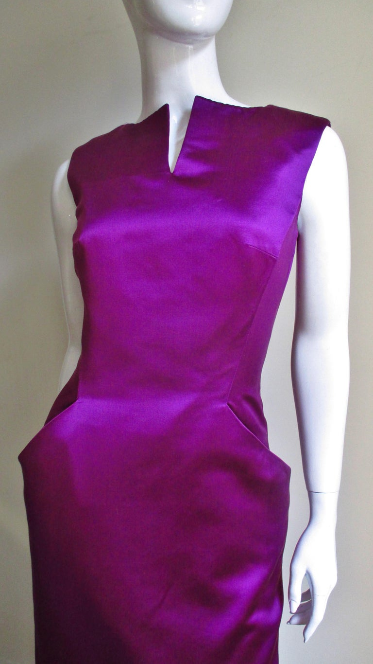 Alexander McQueen New Silk Plunge Back Dress In Excellent Condition For Sale In Water Mill, NY