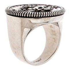 Alexander McQueen Silver Tone Crow and Skull Medallion Ring Size EU 60