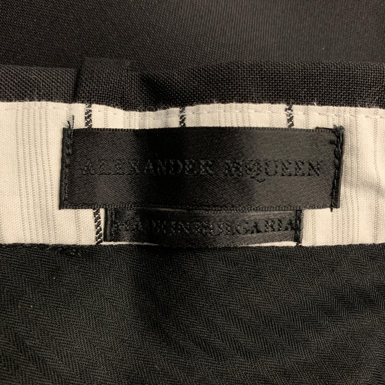 ALEXANDER MCQUEEN Size 34 Black Solid Wool / Mohair Button Fly Dress Pants For Sale 2