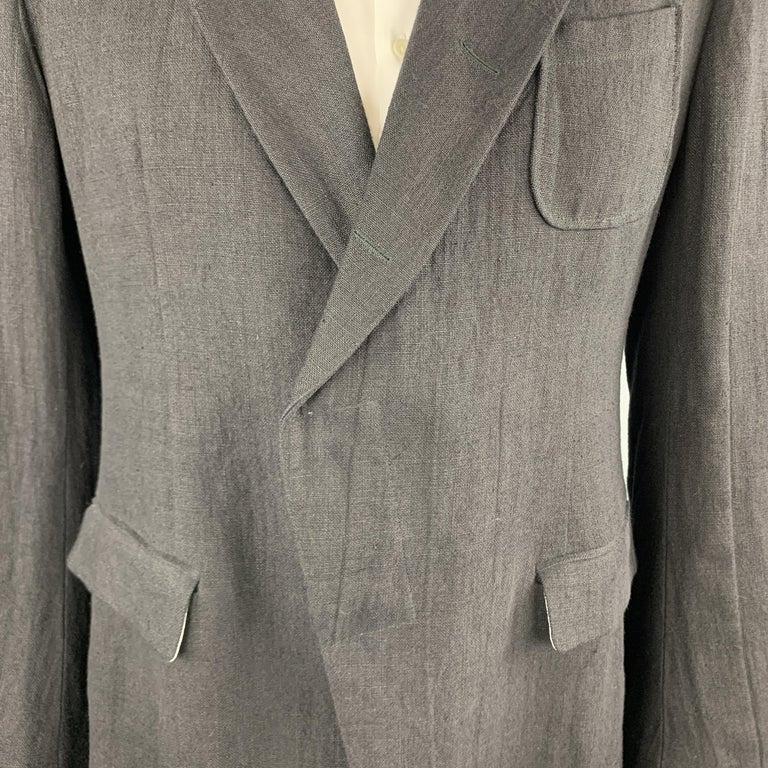ALEXANDER MCQUEEN Size 42 Black Linen Notch Lapel Hidden Button Sport Coat In Excellent Condition For Sale In San Francisco, CA